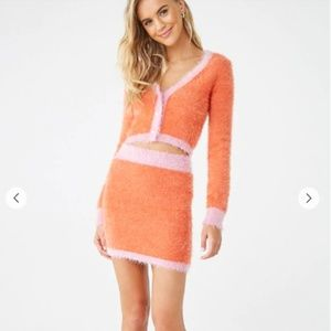 Fuzzy Colorblock Faux Peal Cropped Sweater
